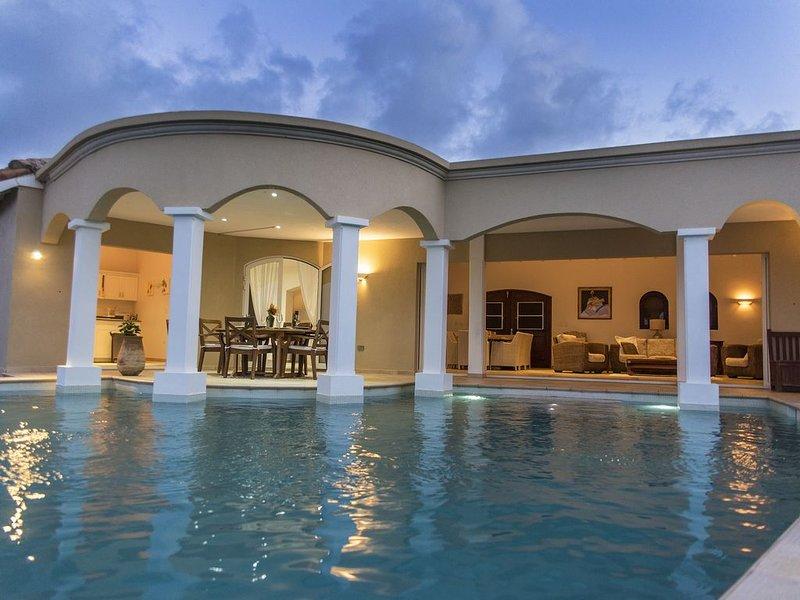 Villa Suzanne   -    Ocean Views, aluguéis de temporada em St-Martin/St Maarten
