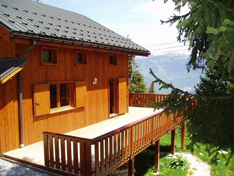 Grand chalet familial de 12 à 20 personnes à Doucy-Valmorel Savoie, holiday rental in Doucy