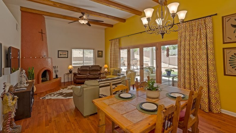 Cozy Southwest Comfort, holiday rental in Albuquerque