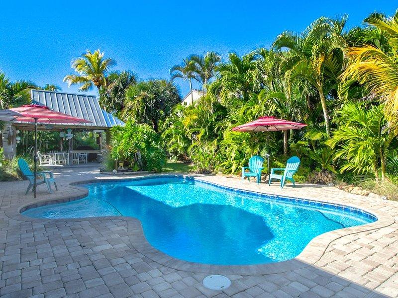 Island Oasis - Luxury Pool Home Steps to the Beach, casa vacanza a Melbourne Beach