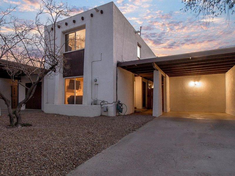 The Villa - An Irvie Smart Home, aluguéis de temporada em Los Ranchos de Albuquerque