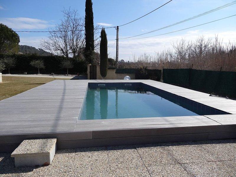 Très jolie villa contemporaine avec piscine, location de vacances à Villelaure