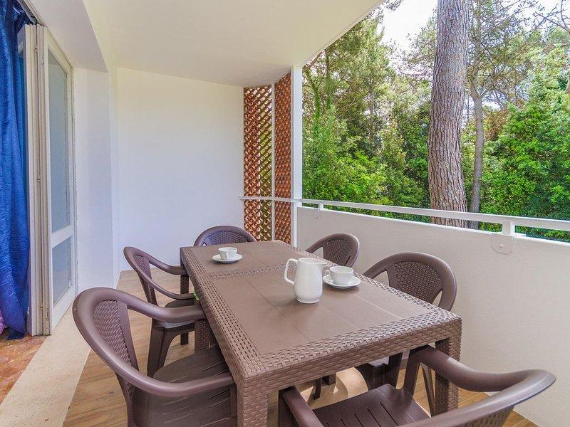 Cond. Gabbiano 2 camere da letto tra il verde della tranquilla pineta, vakantiewoning in Bibione Pineda