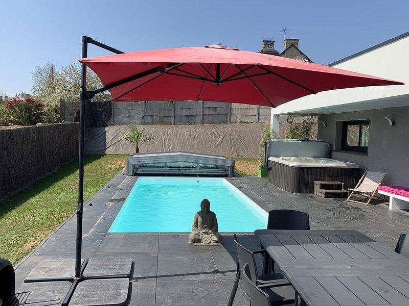 Villa neuve plain-pied 4ch : piscine, jacuzzi, sauna, aluguéis de temporada em Pleneuf-Val-Andre
