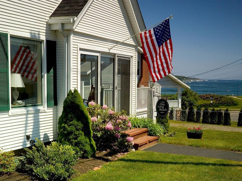 Main House at One Long Beach, vacation rental in Cape Neddick