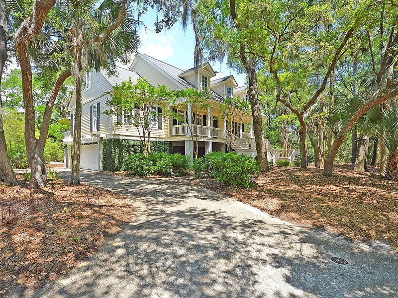 Gorgeous Seabrook Home on Captain Sam's Creek, holiday rental in Seabrook Island