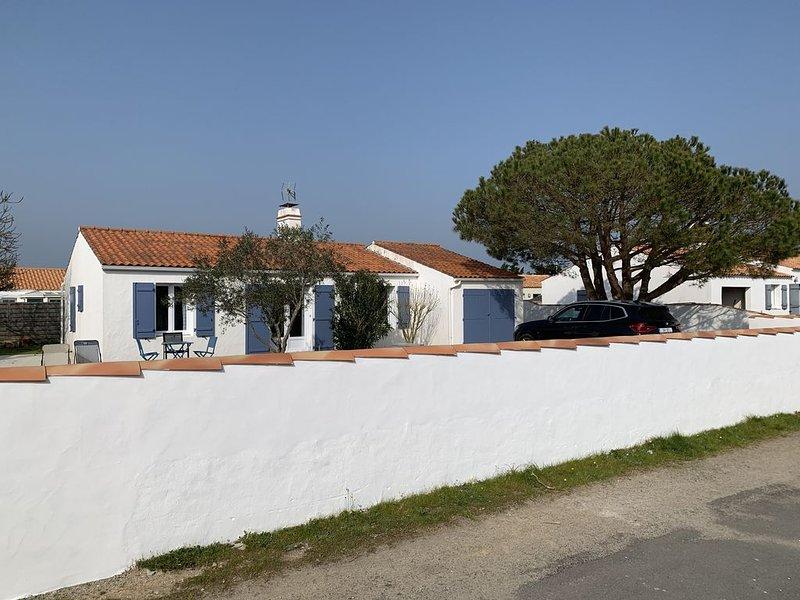 Maison rénovée Ile de Noirmoutier (L'Epine), dans une impasse au calme, jardin !, alquiler vacacional en Ile de Noirmoutier