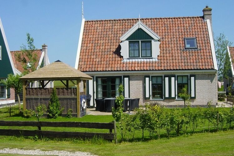 Nice villa in Wieringer style near the Wadden Sea, aluguéis de temporada em Westerland