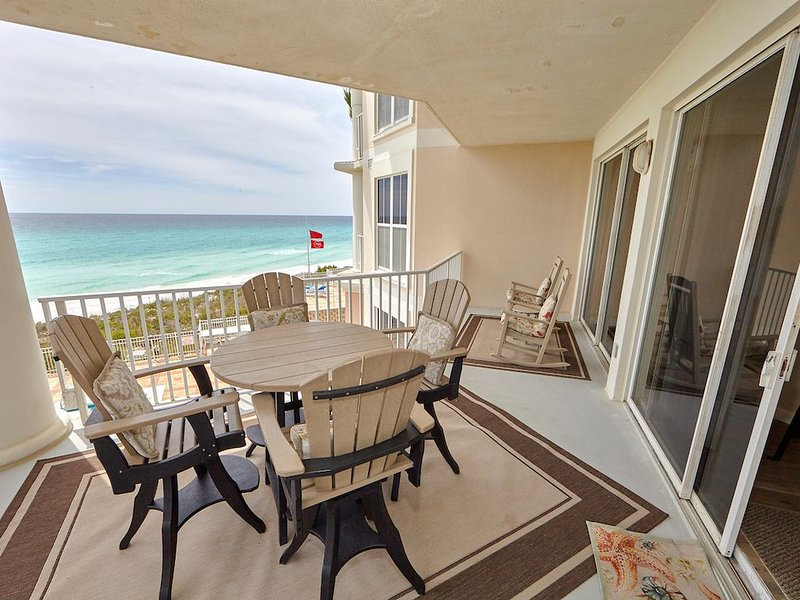'Wasted Time'  is BEACHFRONT & FABULOUS!, holiday rental in Santa Rosa Beach