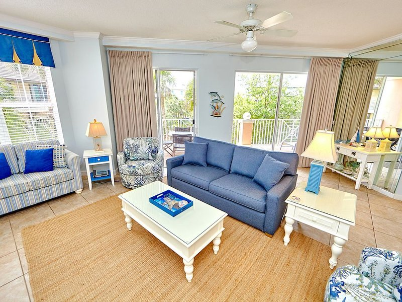 ''Island Style'  3BR/3BA in Beach Front Building off 30A! beaches open May 1st!, holiday rental in Santa Rosa Beach