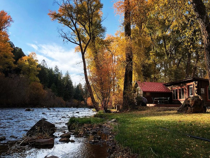 ❤️of the Frying Pan River I Fisherman's Cabin, vacation rental in Basalt