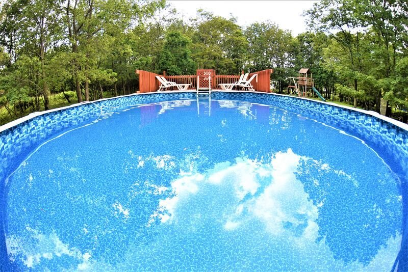 SC - Secluded/ Private Pool/ Hot Tub/ Game Room/ Community Beach, location de vacances à Albrightsville
