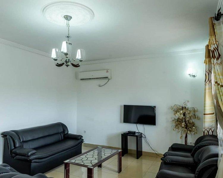Appartement meublé N°6 Résidence La Détente,Douala-Nyalla-Nkolbong,base chinoise, casa vacanza a Regione Litoranea