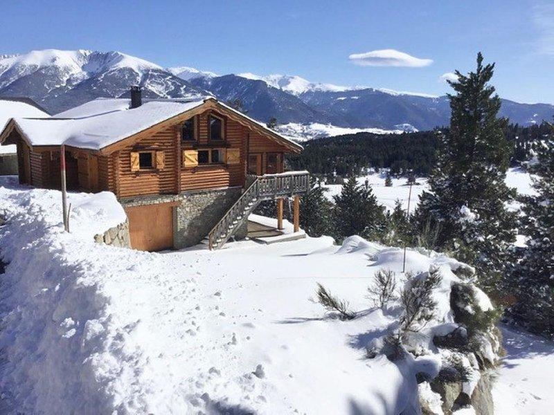 CHALET  SCANDINAVE 'ALASKAN' Classé 4 ETOILES****, holiday rental in Fontpedrouse