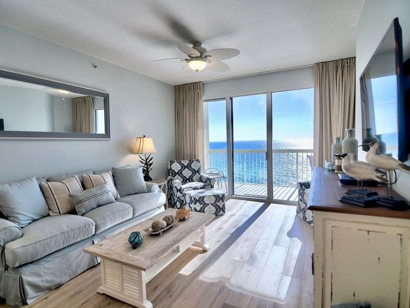 Celadon Beach~Booking Summer Fast! 2021 Rates Live, holiday rental in Laguna Beach