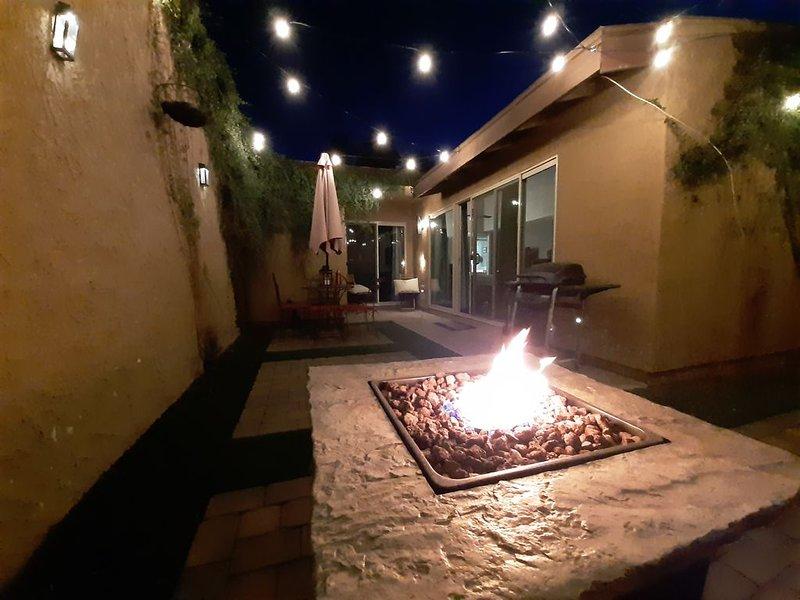 Stylish Condo Meets Southwest  for your spring training & ASU headquarters., alquiler de vacaciones en Tempe