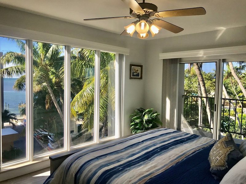 Ocean  &  Bay Views.  Welcome To Paradise!, holiday rental in Matecumbe Key