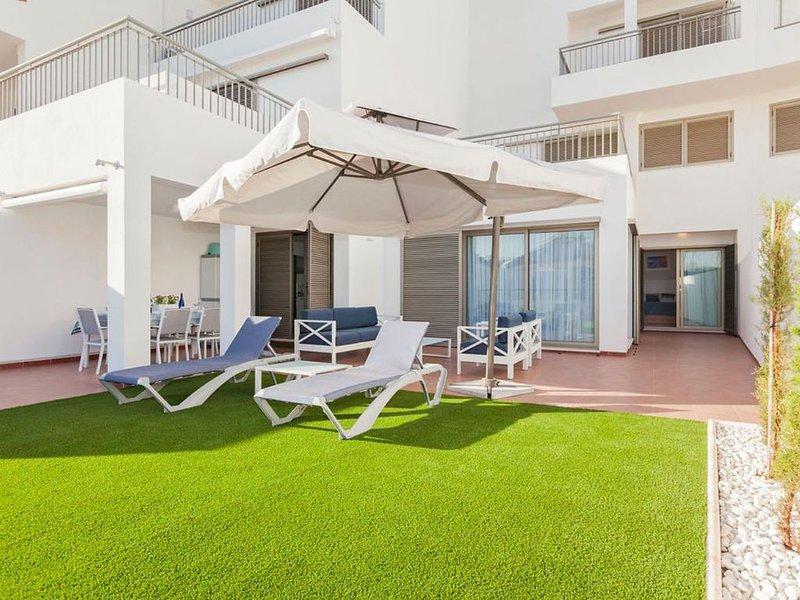 OH LA LIFE! MAGNOLIA SUSANA, holiday rental in La Caleta