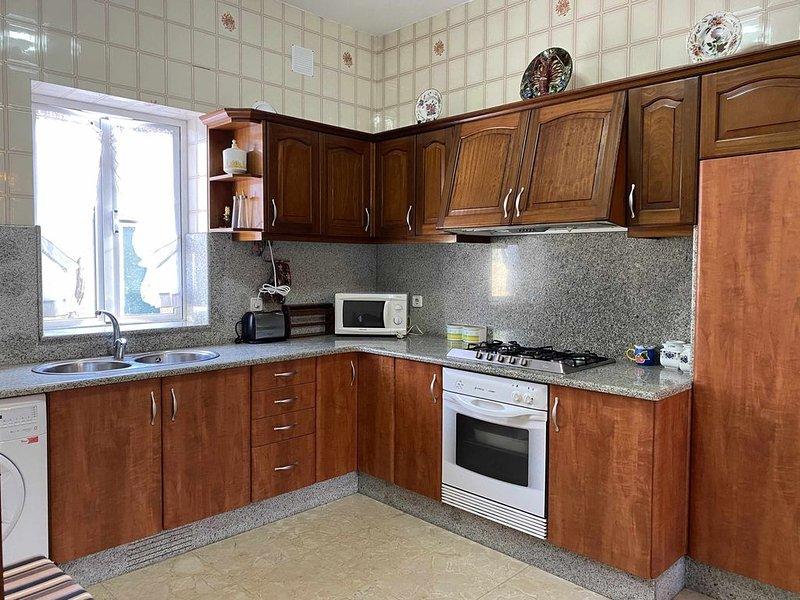 CASA TUCHO, alojamiento rural en San Vicente, holiday rental in Balea