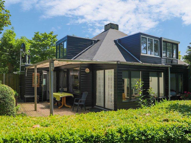 schönes Ferienhaus für 6 Personen in Strandnähe, vakantiewoning in Stavenisse