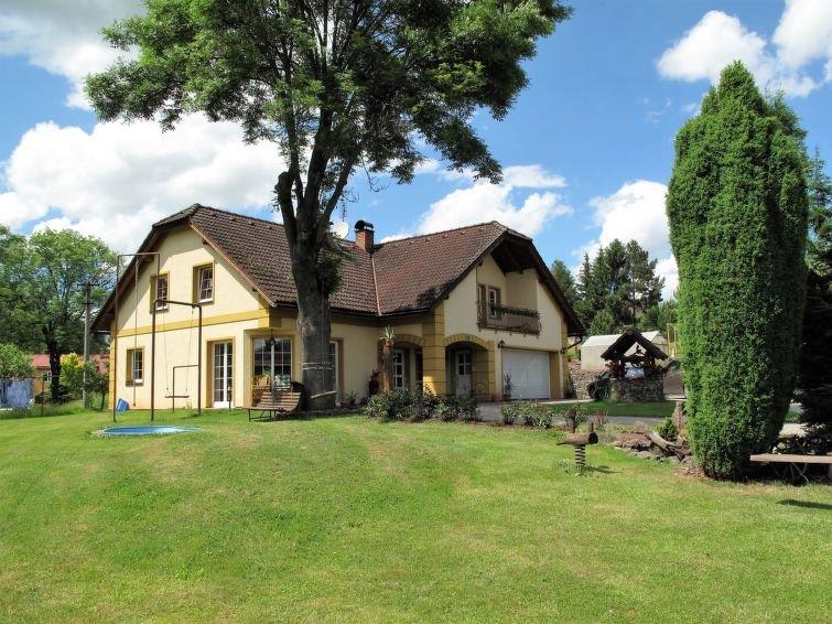 Ferienwohnung Horakova (HTN110) in Hostinné - 6 Personen, 2 Schlafzimmer, holiday rental in Dolni Lanov