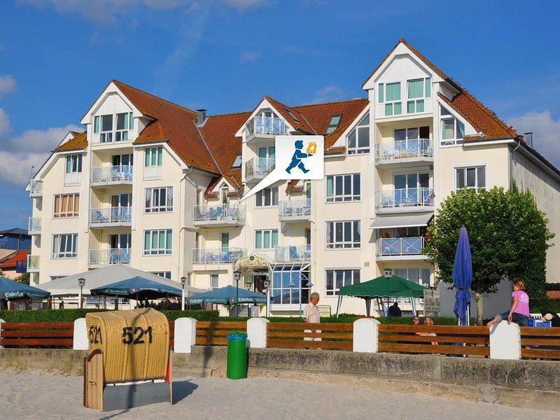 Ostsee-Panoramablick aus der ersten Reihe, holiday rental in Laboe
