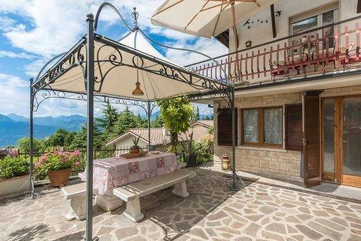 Ferienwohnung in San Zeno am Gardasee, casa vacanza a Pai