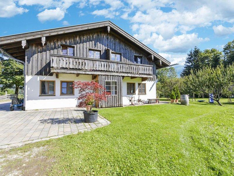 """Traumhaftes Apartment """"Kotalm"""" mit Balkon, Garten und WLAN; Parkplätze vorhanden, alquiler de vacaciones en Bad Heilbrunn"""