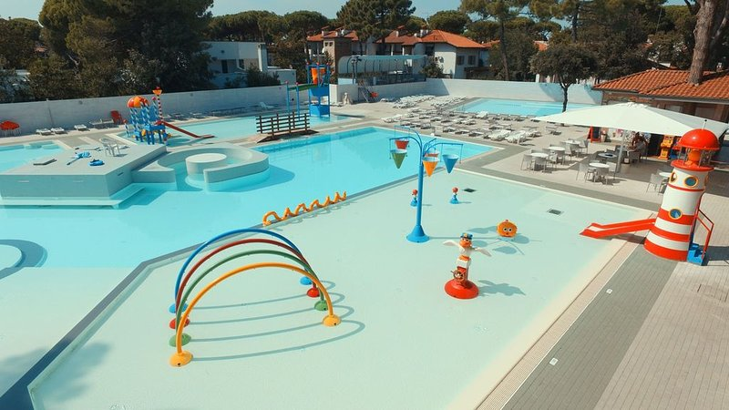 Ferienhaus - 6 Personen*, 60m² Wohnfläche, 2 Schlafzimmer, Internet/WIFI, vacation rental in Porto Garibaldi