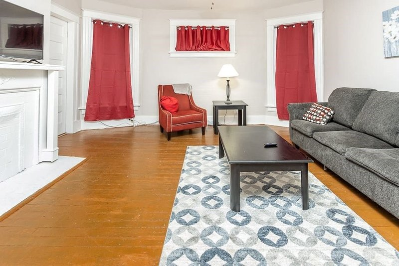 Court Two, Elegant Vacation Stay, vacation rental in Southaven