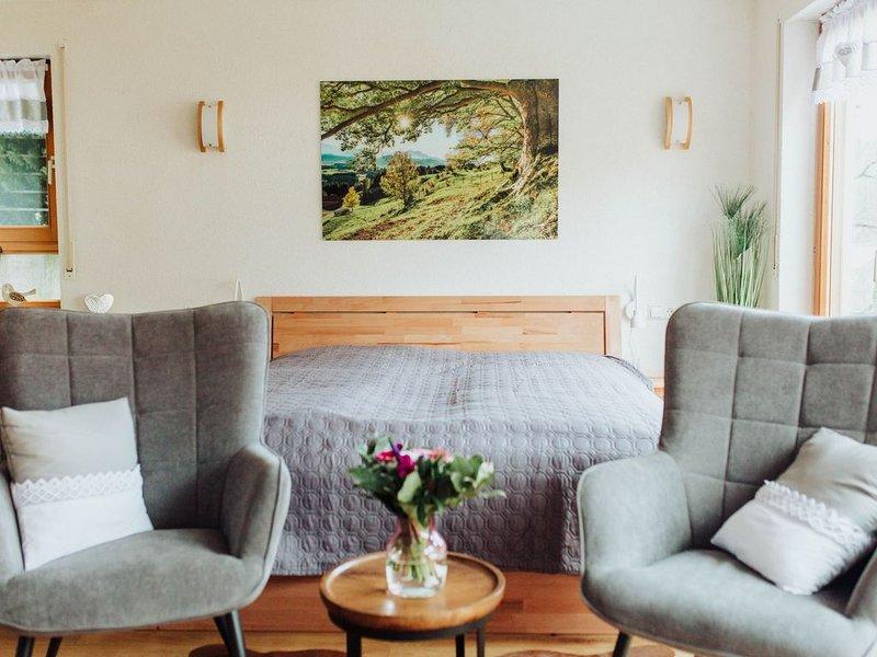 Finkenstüble, 34qm, 1 Wohn/-Schlafzimmer, max. 2 Personen, aluguéis de temporada em Kirchzarten