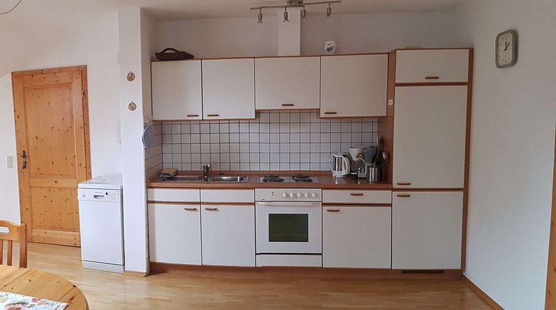 Ferienwohnung Riedblick, 60 qm mit 1 Schlafraum und 1 Wohn-/Schlafraum für max., vacation rental in Bad Saulgau