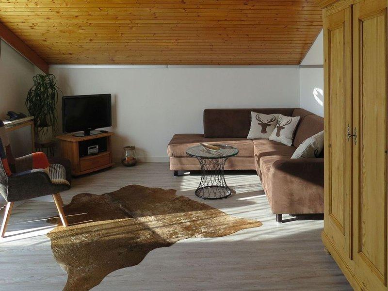 Ferienwohnung 2 Ringelblume mit ca. 42qm, 1 Schlafraum, 1 Wohnraum, für maximal, holiday rental in Triberg