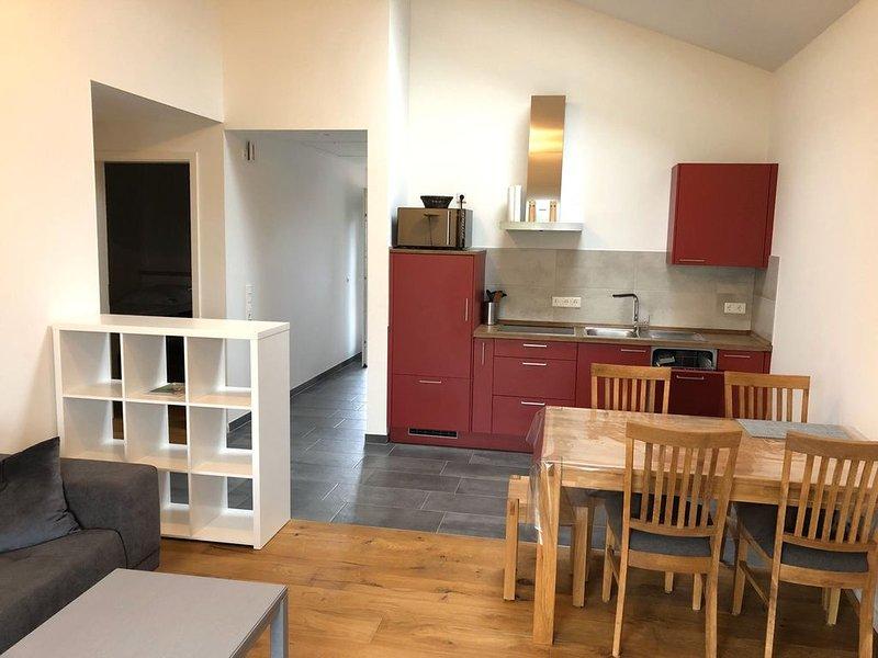 Ferienhaus Rüno 1, 65qm, Terrasse, 2 Schlafzimmer, max. 4 Personen, holiday rental in Bergen auf Ruegen