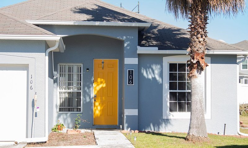 Conveniently Located 15 Miles from Disney, holiday rental in Polk City