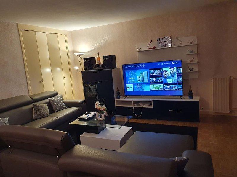 Appartement très spacieux de 113 m2 proche paris, location de vacances à Ville de Chantilly