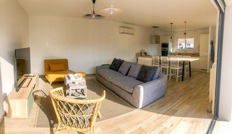 Maison neuve 6 pers, au calme, à 10 min des plages, holiday rental in Saint-Paul-en-Born