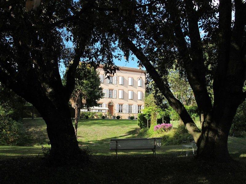 Domaine du Pégulier pour des vacances inoubliable., location de vacances à Calmont