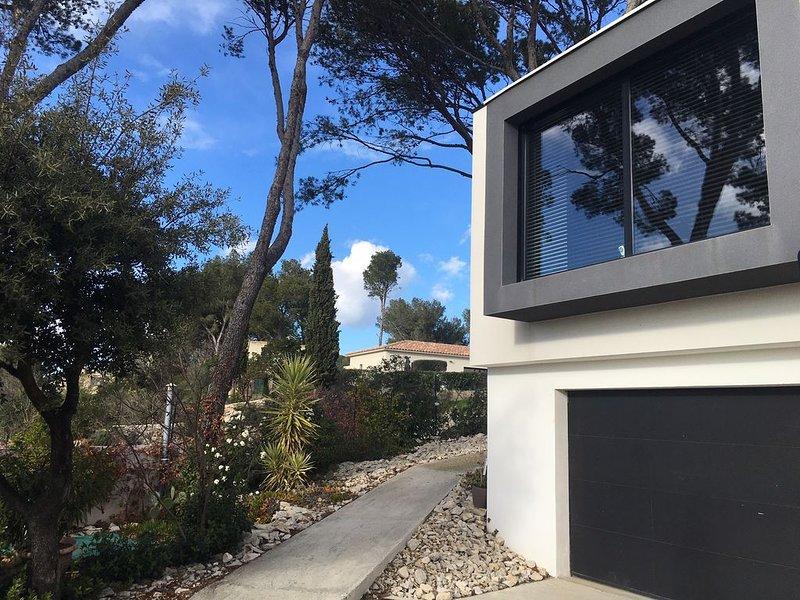 Villa de Standing de 215m2, location de vacances à Saint-Gervasy