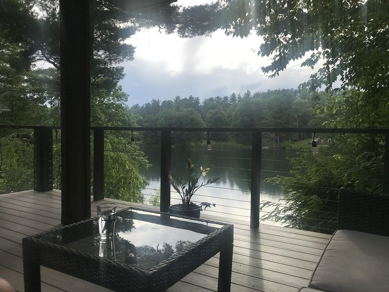 Waterfront Working From Home, holiday rental in Copake Falls