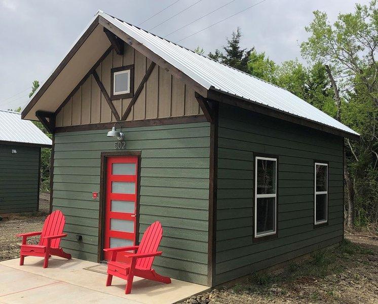 Countryside Tiny Cabin 4, aluguéis de temporada em Ladonia
