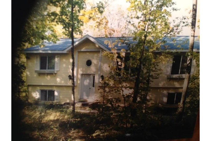 Large Lake Front Home - Lake Lucerne in the Northwoods, casa vacanza a Pelican Lake