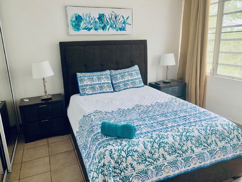 OFS C 201 - Family Suite/ Ocean Front Suites by City Inn, holiday rental in Arecibo