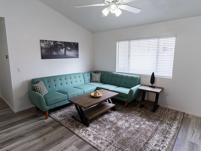 Clean/Sanitary Remodeled Family Retreat, holiday rental in Silverado