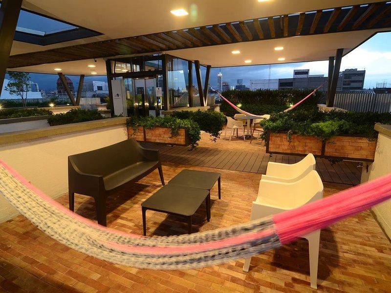 Cozy Apartment, Legendary Rooftop Centro Histórico, holiday rental in Ecatepec