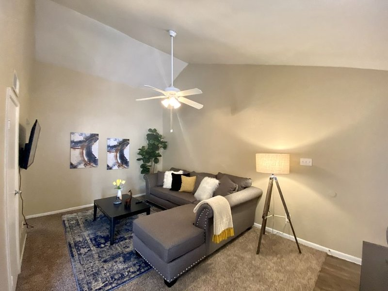 Humble TX| IAH |FREE WIFI| -B, holiday rental in Highlands