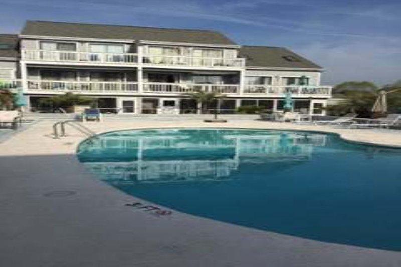 Golf Colony 1 Bedroom condo, charming, clean, alquiler vacacional en Longs
