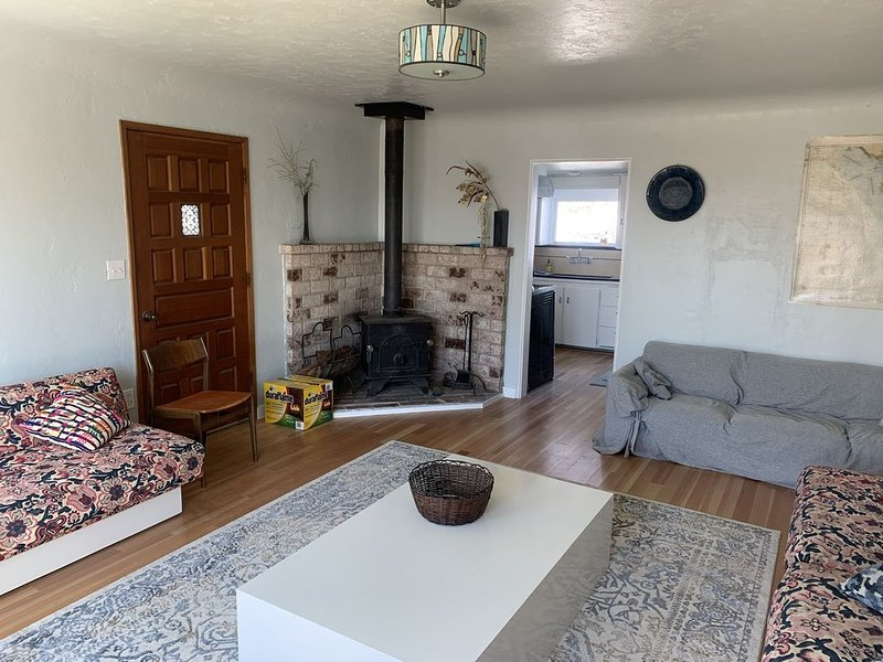Casa Blowdega, Vintage Beach Cottage – semesterbostad i Bodega Bay