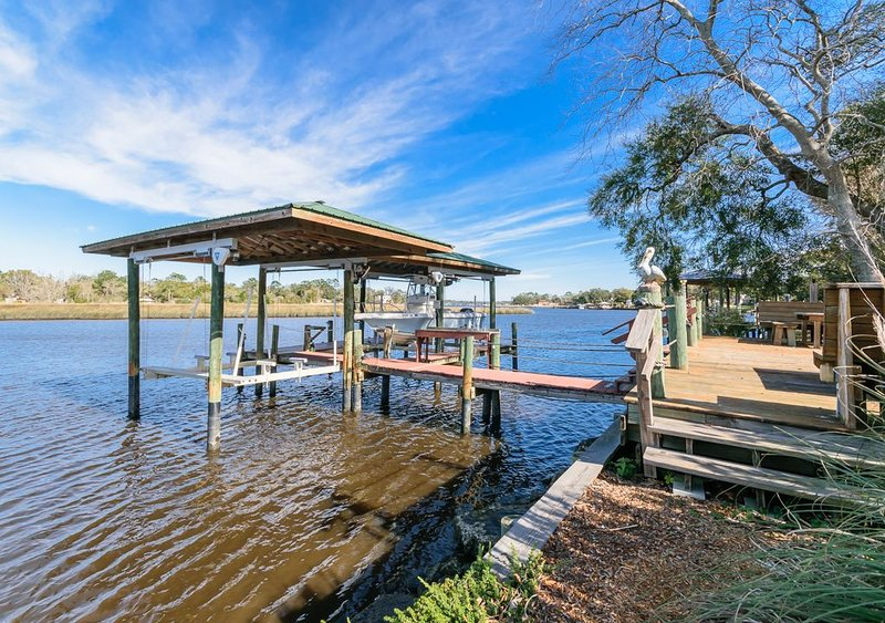 Historic Riverfront Hideaway, vacation rental in Jacksonville