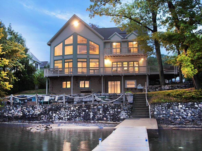 Lakeview Lodge on Canandaigua Lake, alquiler vacacional en Middlesex